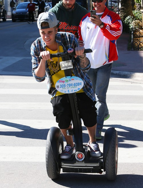 Justin Bieber Deportation To Canada A Real Possibility After Petition Hits White House?