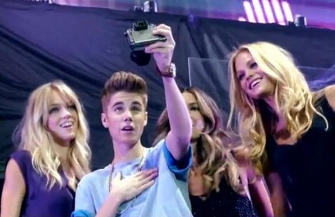 Justin Bieber's Victoria's Secret Promo Piece – See Why Selena Gomez Hates Models (Video)