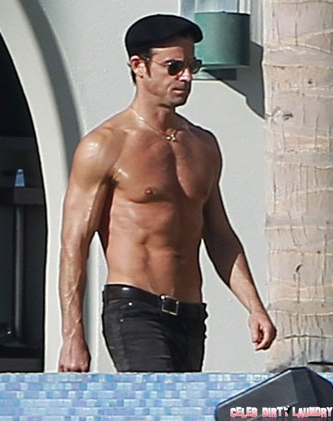 Jennifer Aniston Orders Justin Theroux To Stop Showing His Six Pack - Wants The Shine All For Herself