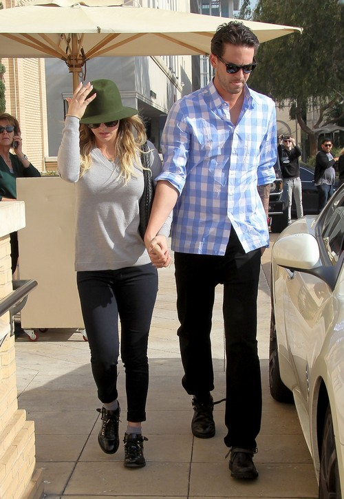Kaley Cuoco Divorce: Married Ryan Sweeting On Psychic's Insistence - Rumors