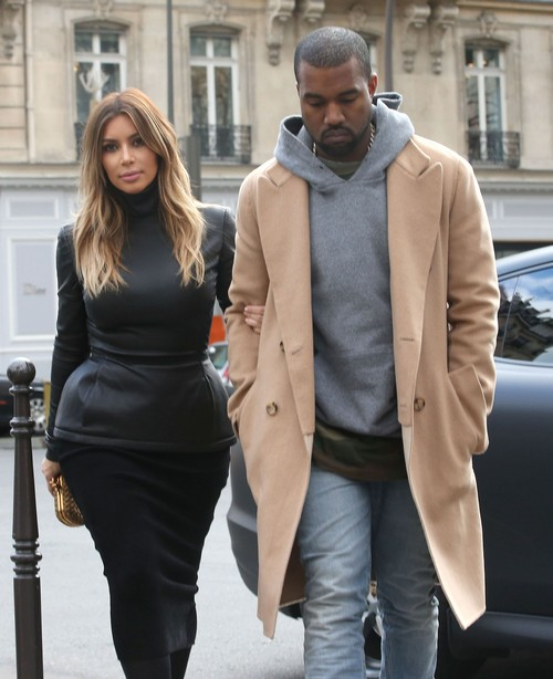 Kanye West Lets E! Film and Pay for Kim Kardashian Wedding - Kanye is a Hypocrite