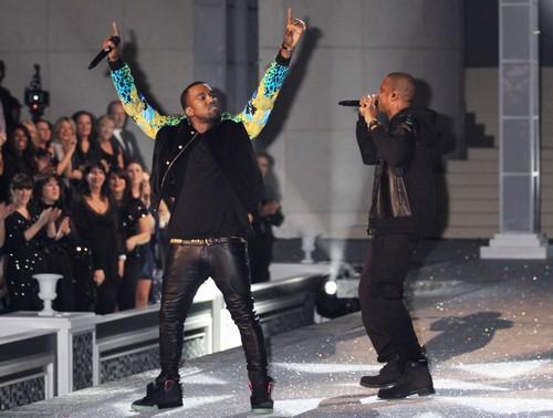 Kim Kardashian Begs Kanye West For BET Awards Date -  He Refuses!