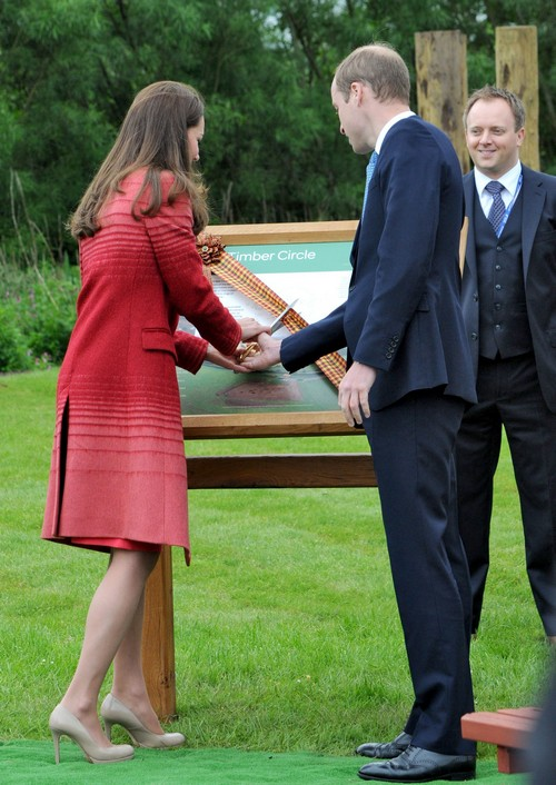 Kate Middleton's Bum: Photo Butt Guard Hired To Protect Duchess of Cambridge's Bare Bottom From Pictures