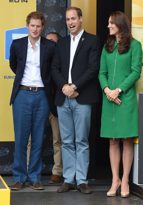 Kate Middleton Pregnant - 91 Pound Anorexic With Baby Bump - Prince William Confirms Summer Pregnancy?