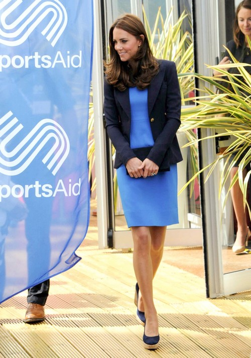 Kate Middleton Pregnant: Concealing Baby Bump With August Vacation - Miscarriage or Second Child Pregnancy? (PHOTOS)