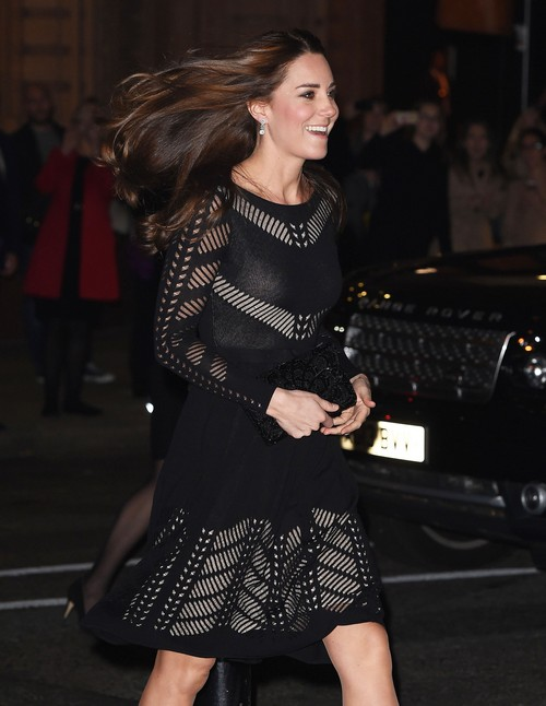 Kate Middleton Rebels Against Queen Elizabeth's Royal Fashion Rules: Ditches Style Icon Status, Comfort First?