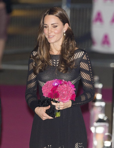 Kate Middleton Underwear Wardrobe Malfunction vs. Pippa Middleton's Butt: Sisters Battle For Attention (PHOTOS)