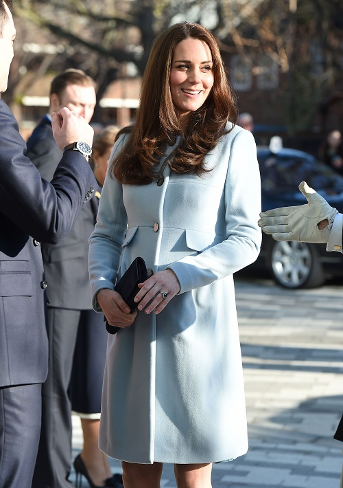 Kate Middleton Shows Off Growing Baby Bump In London While Prince William Visits China, The Duchess of Cambridge Exhausted?