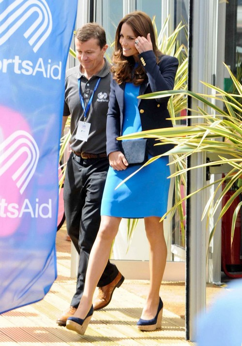 Kate Middleton Pregnant: Moves To Anmer Hall For Privacy with Second Child Pregnancy and Baby Bump? (PHOTOS)