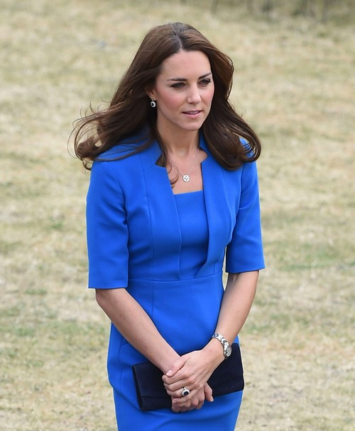 Kate Middleton Pregnant: Baby Bump Hidden at Amner Hall - Kensington Palace Won't Comment on Miscarriage or Pregnancy Rumors (PHOTOS)