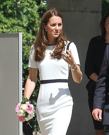 Kate Middleton NOT Pregnant With Twin Girls - NO Baby Bump for Duchess of Cambridge - NO Palace Confirmation (PHOTOS)