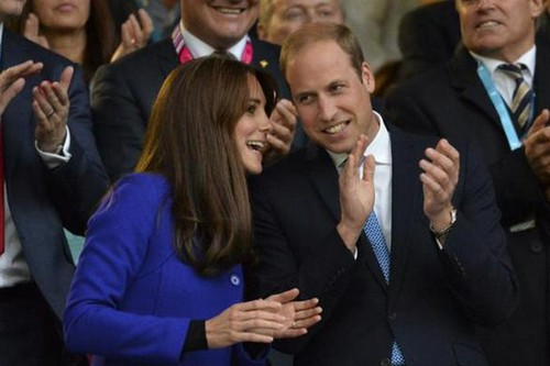 Kate Middleton and Prince William Marriage Trouble: Harrow Visit Next - Queen Elizabeth Demands Joint PR Appearances?