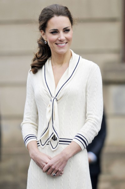 No Curtsys For Kate Middleton At Wimbledon As She Holds Center Court 0704