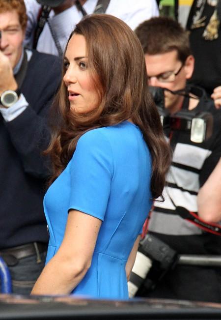 Prince William Keeping Kate Middleton And Pippa Middleton Apart 0725