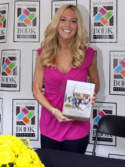 Kate Gosselin Still Promoting Lame Cookbook, Refusing To Accept Failure