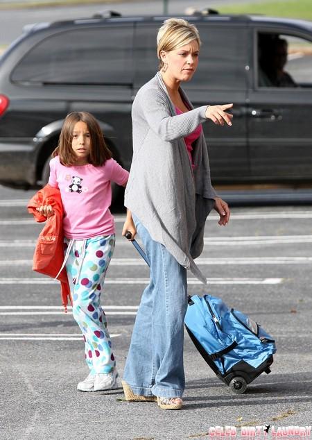 Kate Gosselin Fighting Jon Gosselin's Threats Of Exposure By Pretending To Be A Good Parent?