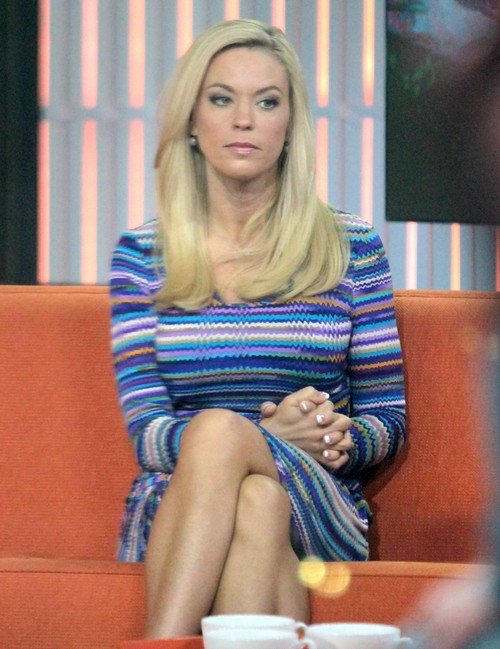 Kate Gosselin is Broke and Lonely: Reality Famewhore Thinks She's Too Special To Work (PHOTOS)