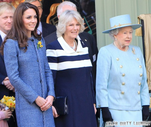 Kate Middleton Breastfeeding Prince George Of Cambridge - Queen Elizabeth and Camilla Parker-Bowles Approve?