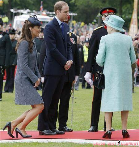 Kate Middleton Refuses To Attend Church Service With Queen Elizabeth and Royal Family - Is She Sick Again?
