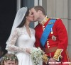 Prince William & Kate Middleton's Balcony Kiss (USA & OZ/NZ ONLY)