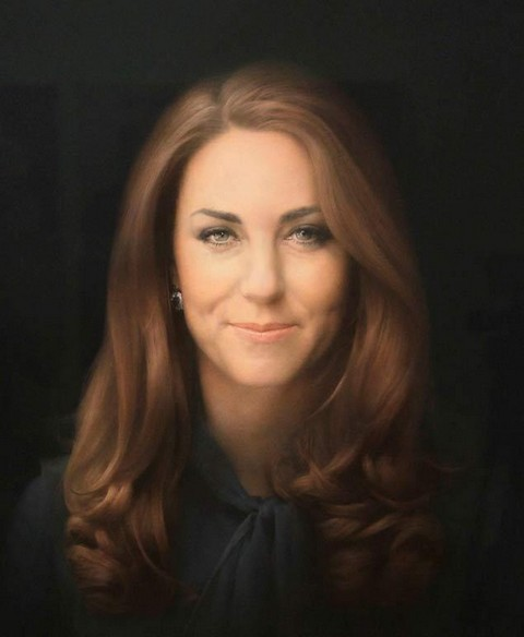 Kate Middleton: New Portrait Designed To Mask Duchess of Cambridge's Cold Calculating Look