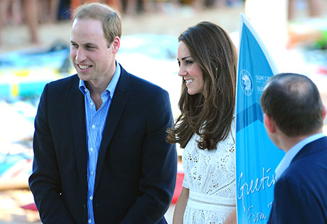 Kate Middleton Increasingly Saddened By Prince William's Balding Head - Suggests He Try On An Alpaca-Wool Toupee! (PHOTOS)