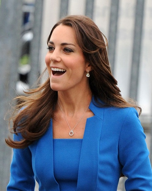 """Kate Middleton Fit and Stunning in Blue: Tells Prince William """"No Pregnancy and No More Babies"""" (PHOTOS)"""