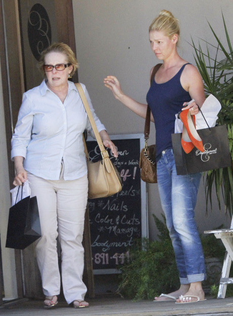 "Katherine Heigl's Crew Get's Revenge On Nasty Diva While Filming ""Jenny's Wedding"""