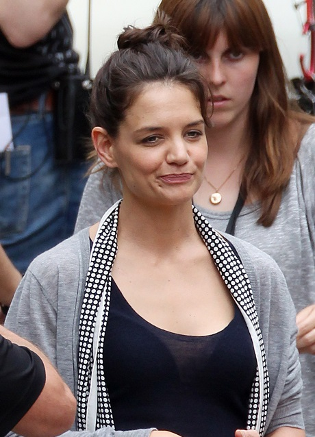 Katie Holmes Dating Life Now Controlled By Her Father Martin - Should've Stayed With Tom Cruise!