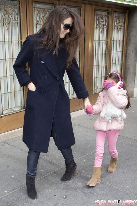 Katie Holmes Anorexic Since Divorce, Weight Loss After Anxiety Attacks