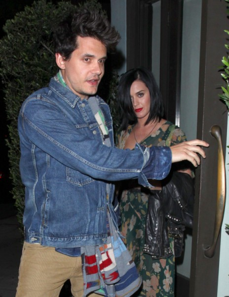 Katy Perry Using Robert Pattinson To Make John Mayer Jealous? 0528