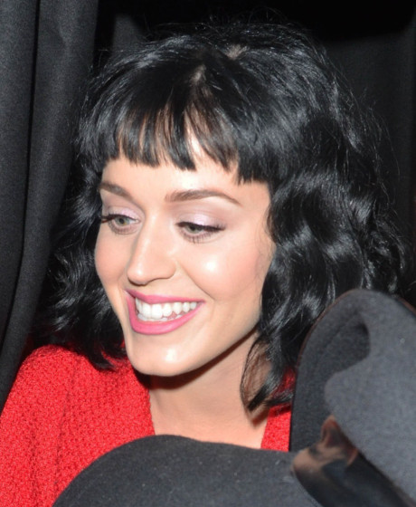 Katy Perry Catches Hate From Photogs At Milan Fashion Week For Being Late: She Tells Them 'To Shut The F*** Up'! (VIDEO)