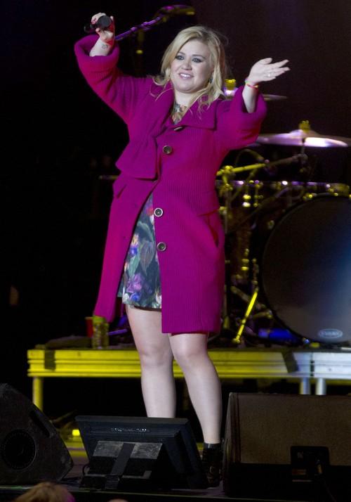 Kelly Clarkson Marriage Shaky: Brandan Blackstock's Cheating Track Record Exposed