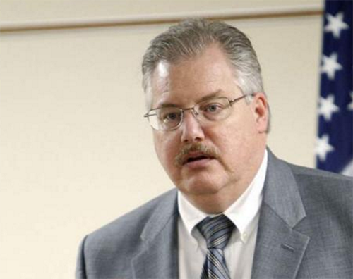Steven Avery Prosecutor Ken Kratz's Life Threatened: Public Outcry Over 'Making A Murderer' Causes Law Practice Loss?
