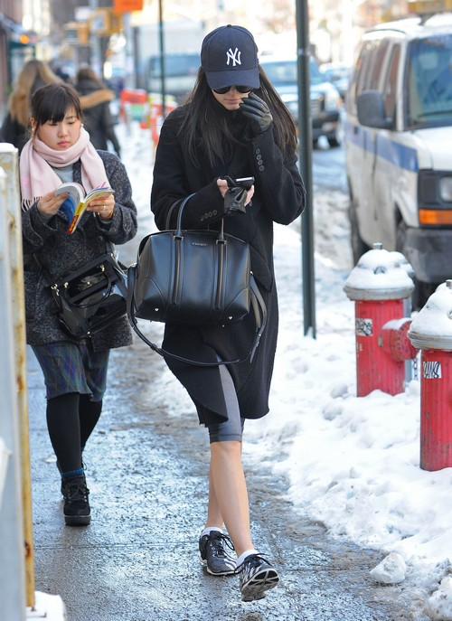 Kendall Jenner's Eating Disorder Exposed: Being Called Skinny is Hurtful - Report (PHOTOS)