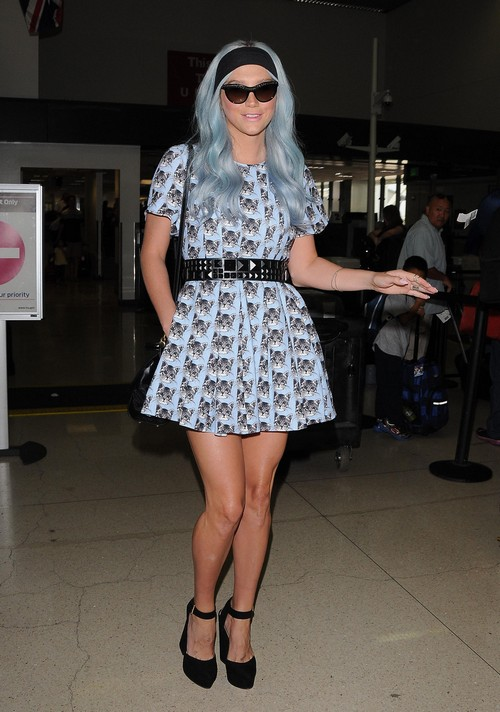 Kesha Blames Rehab, Anorexia, Bulimia, Drug Abuse and Collapse on Bullying Over Her Body - Seriously? (PHOTOS)