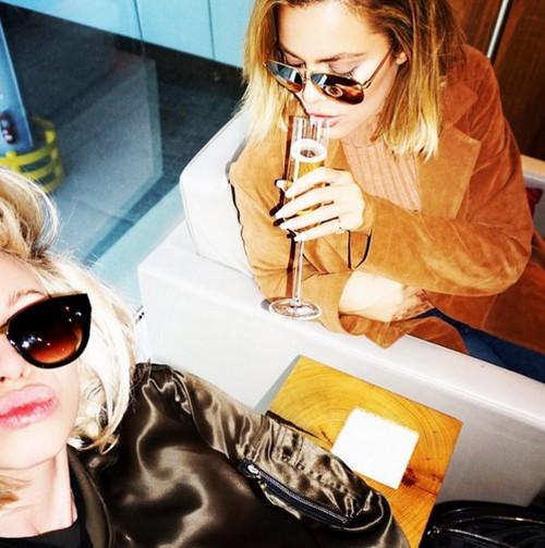 Khloe Kardashian Plane Makes Emergency Landing in Las Vegas: Stuck In Sin City Without Entourage or Security
