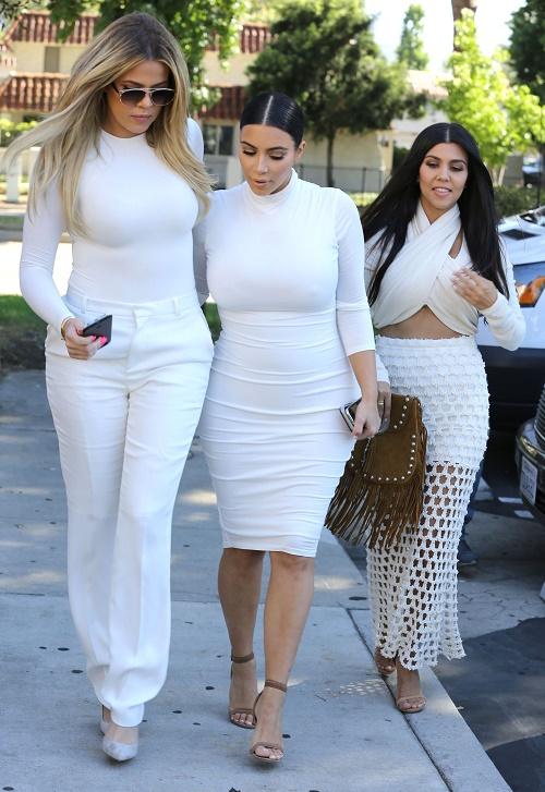 Khloe kardashian the 2016 bachelorette abc reportedly offered kuwtk