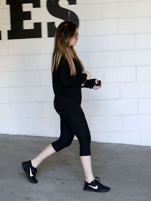 Khloe Kardashian Pregnant: Baby Bump Showing and Father is Lamar Odom or Matt Kemp - Report