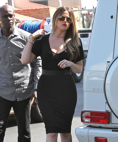 Khloe Kardashian Steals Lamar Odom's Crack Pipe and Stash: Ready To File For Divorce Now
