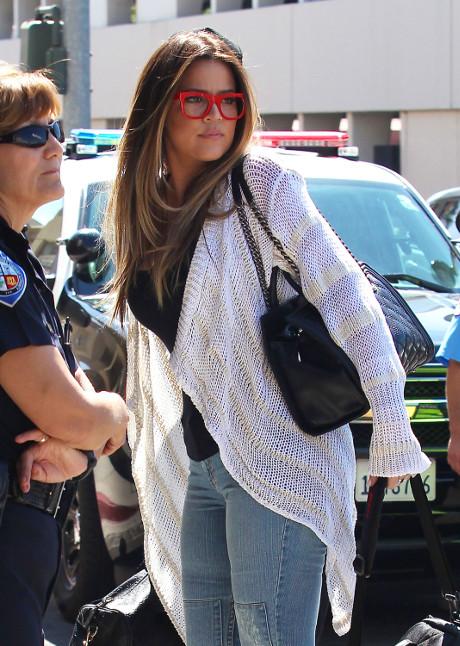 Khloe Kardashian To File For Emergency Divorce From Lamar Odom On Wedding Anniversary