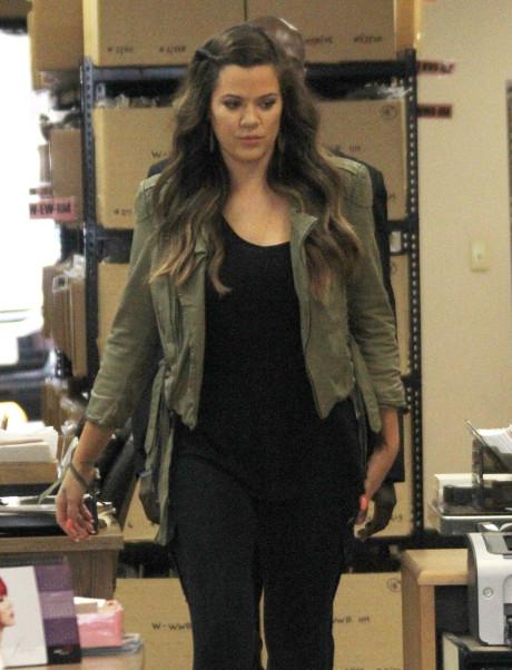 Khloe Kardashian's Pregnancy to be Announced on Kris Jenner's New Talk Show!