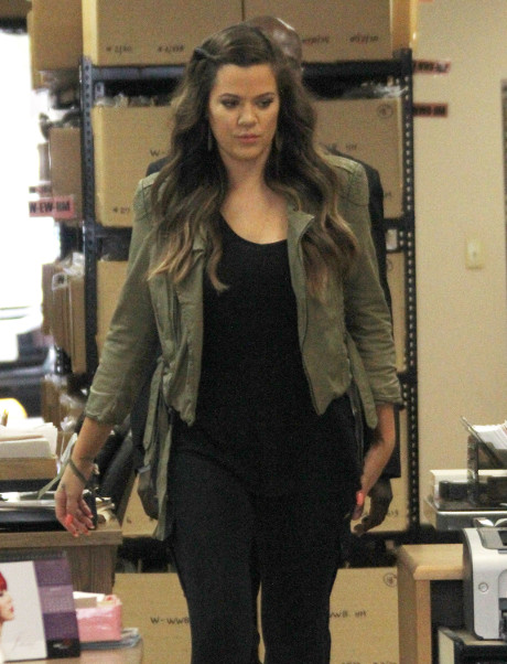 Khloe Kardashian's Pregnancy to be Announced on Kris Jenner's New Talk Show!