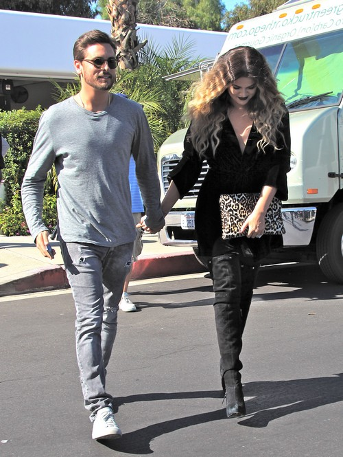 Khloe Kardashian and Scott Disick's Creepy PDA Has Crossed the Line - Kourtney Freaks (PHOTOS)