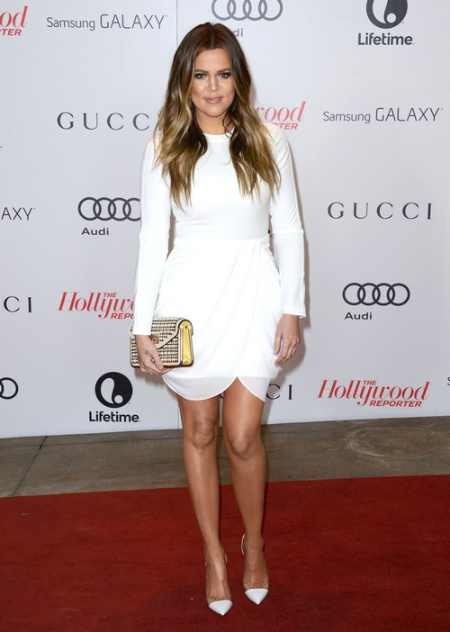 Khloe Kardashian Divorcing Lamar Odom: Wedding Ring Off and Divorce Announcement in Us Weekly From Kris Jenner Herself