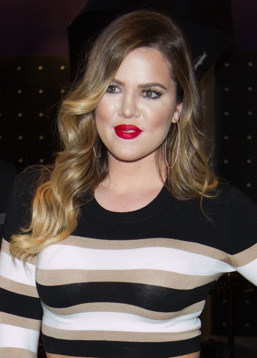 Khloe Kardashian Smoking Marijuana Blunt On Dance Floor - Illegal And Dangerous? (PHOTO)