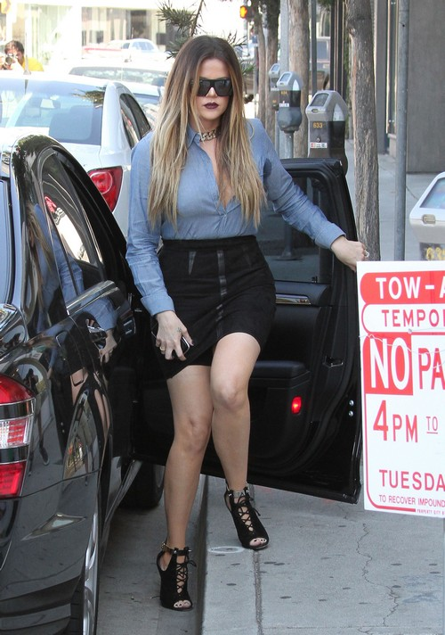 Kim Kardashian Dumps Khloe Kardashian For New BFF Blac Chyna - Sister is Heartbroken (VIDEO)