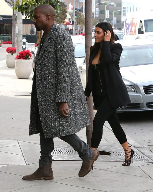 Kim Kardashian Divorce: Kris Jenner's Kimye Meddling Frustrates Kanye West - Super Angry Leaving Dinner!