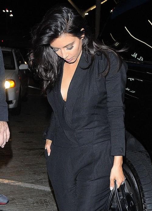 Kim Kardashian Divorce: Kris Jenner Slams Kanye West With Cryptic Tweet To Gauge Fan Reaction to Split