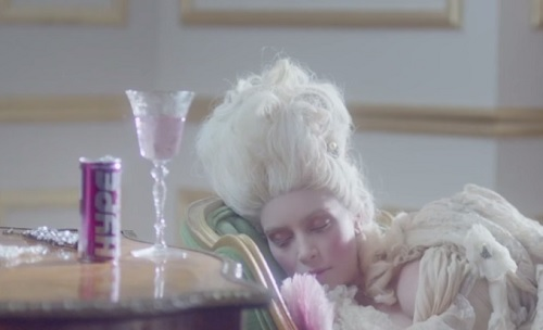 Kim Kardashian Hype Energy Drink Commercial Flop: KUWTK Star Channels Aliens, Marie Antoinette, And Audrey Hepburn (VIDEO)